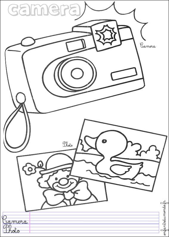 Coloriage Appareil Photo 1 Coloriages Objets Technologiques En Anglais
